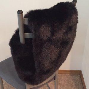 H&M faux fur infinity scarf